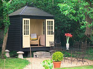 A summerhouse From Grainstore