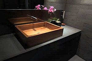 The Geo Wooden basin
