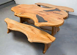 Cello table