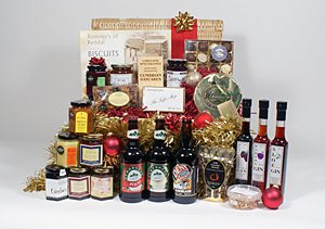 Mouth Watering Christmas Hampers from Lakeland.